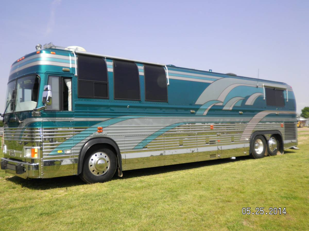 Prevost rv for sale in oklahoma motorhome coach bus shell for Craigslist com okc